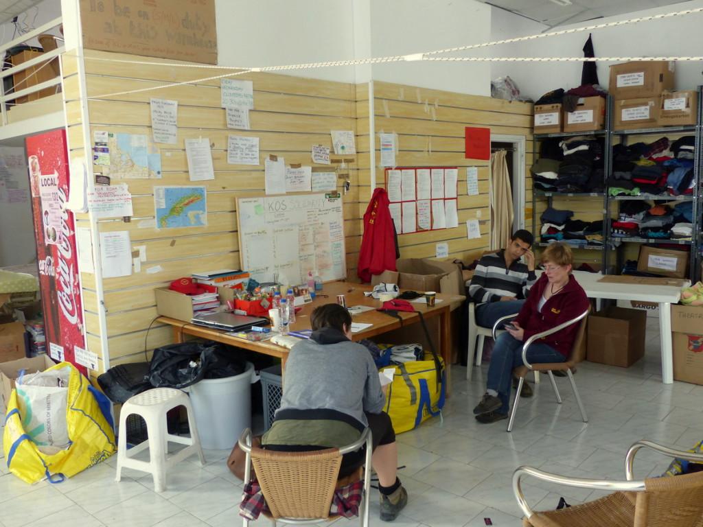 Das Spenden-Lager erinnert uns stark an das heimische Grüne Ungeheuer